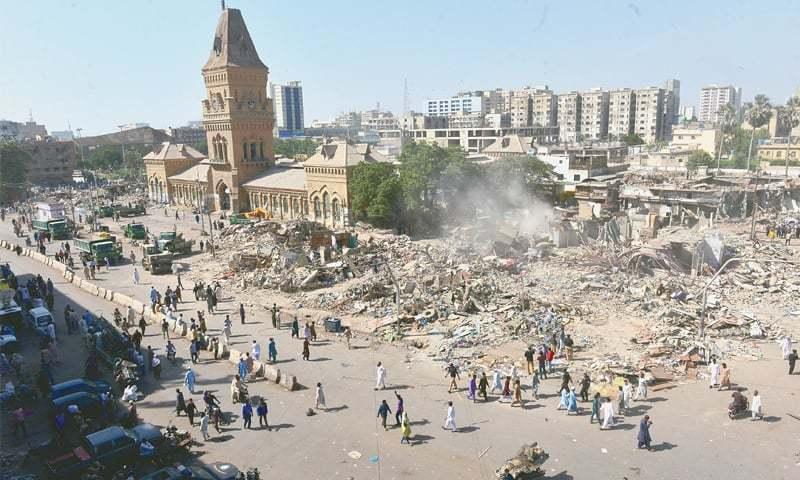Over 1000 Shops In Karachis Saddar Demolished As Anti Encroachment