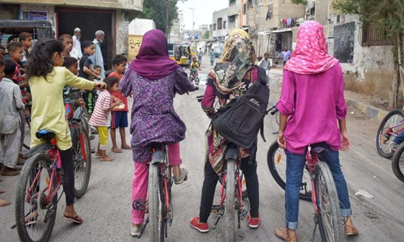 A gathering of girls in Lyari.—Photo by Rimsha Raheen