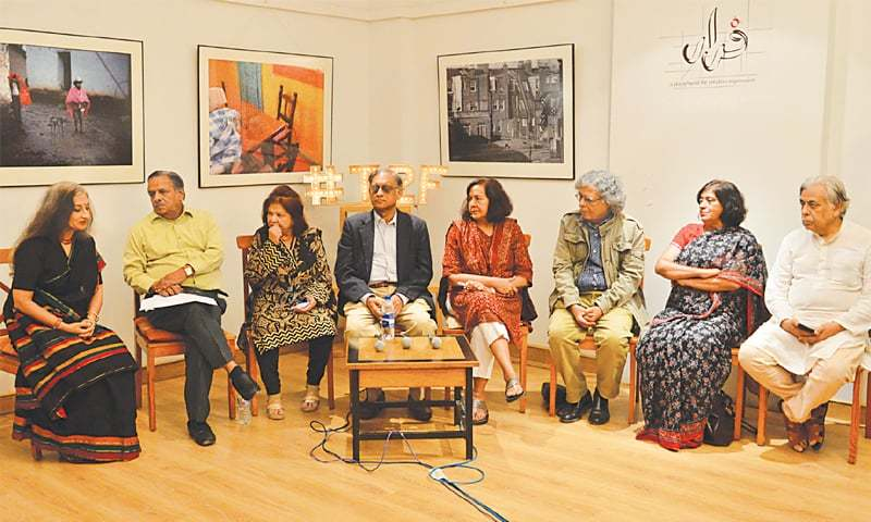 Friends gather at T2F to pay homage to Fahmida Riaz.—Faysal Mujeeb / White Star