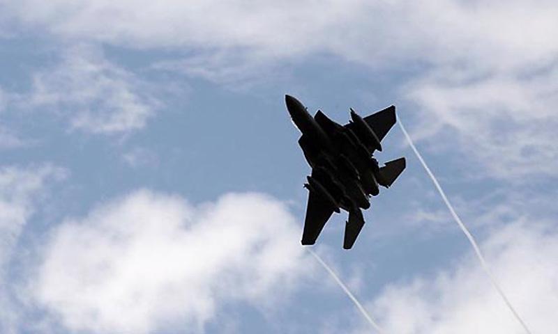 Israeli jets bombed targets near Damascus, southern Syria: monitor