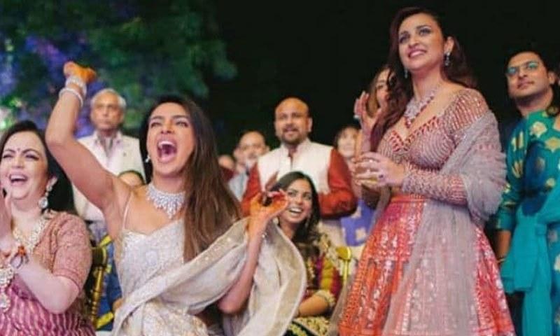 پریانکا نے 2 دسمبر کو ہندو رسومات کے تحت شادی کی—فوٹو: این ڈی ٹی وی