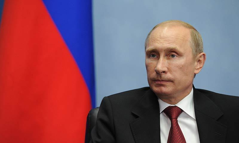 Russian President Vladimir Putin dismisses US threat to pull out of Cold War treaty as smokescreen.