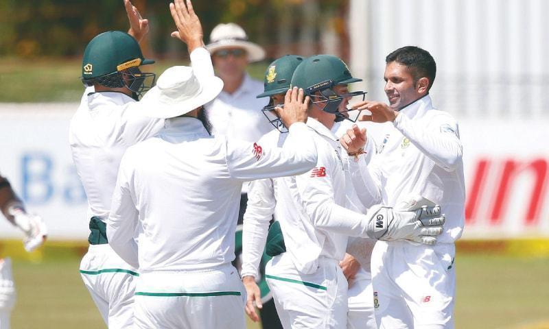 پاکستان اور جنوبی افریقہ کے درمیان سیریز کا پہلا ٹیسٹ میچ 26دسمبر سے کھیلا جائے گا— فائل فوٹو: اے ایف پی