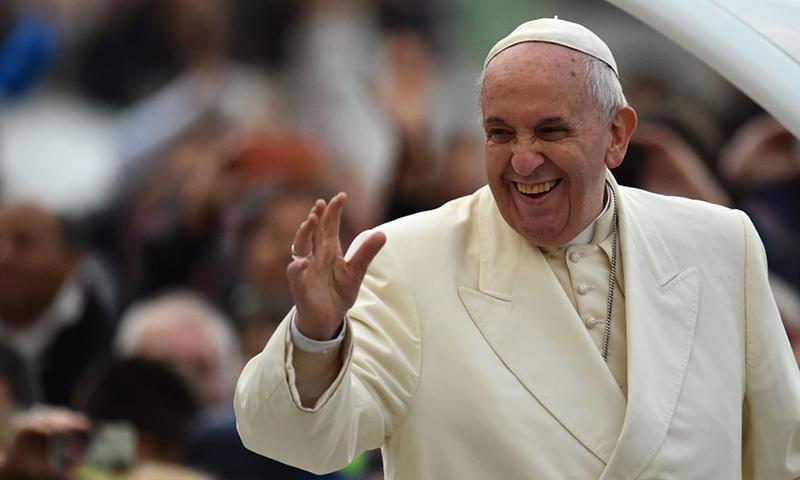 پوپ فرانسز 3 سے 5 فروری تک عرب ریاستوں کا دورہ کریں گے—فائل فوٹو: اے ایف پی