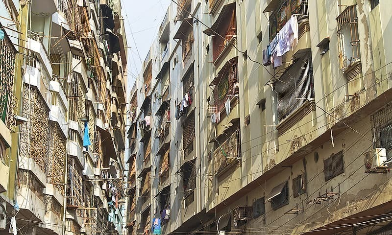 Research group Karachi Urban Lab, using the Karachi Circular Railway as a case study, examines how land acquisition and dispossession work in the city. ─ File photo
