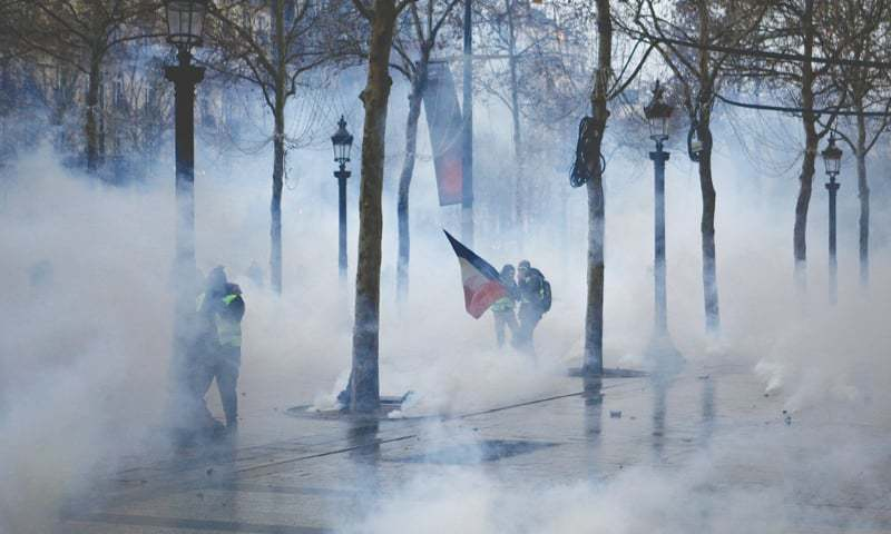 French protests continue for fifth consecutive week as disruption spreads