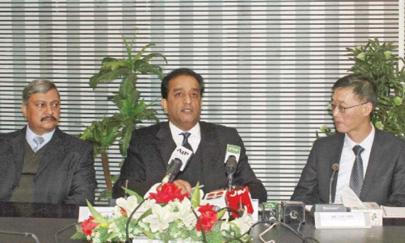 Adviser to Prime Minister on Climate Change Malik Amin Aslam talks to media on Monday. Chinese Ambassador Yao Jing is also present. — Online