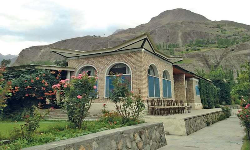 Top: Diran Guest House; bottom: Chap Shoro, a local delicacy of Gilgit Baltistan.