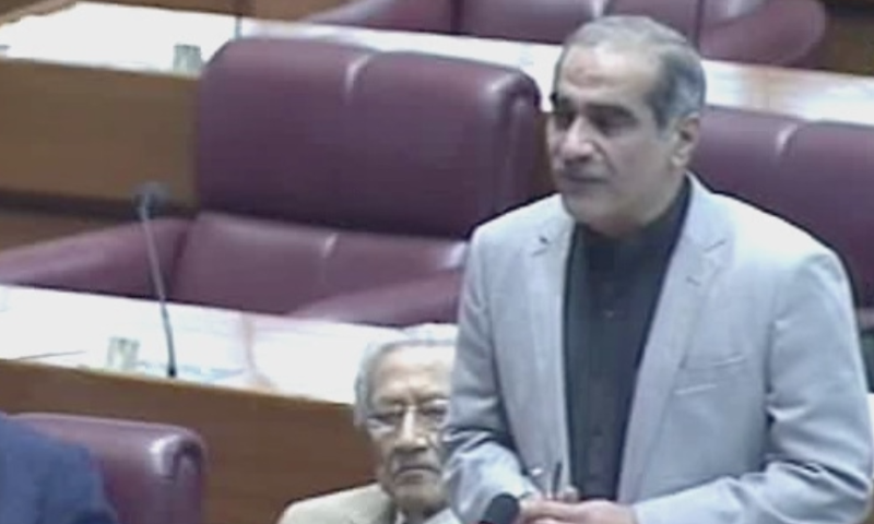 PML-N lawmaker Khawaja Saad Rafique speaks on the floor of the assembly. — DawnNewsTV