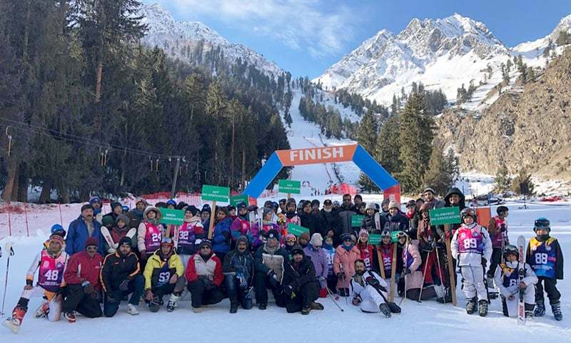 pakistan s first ever ice hockey match played in gilgit baltistan