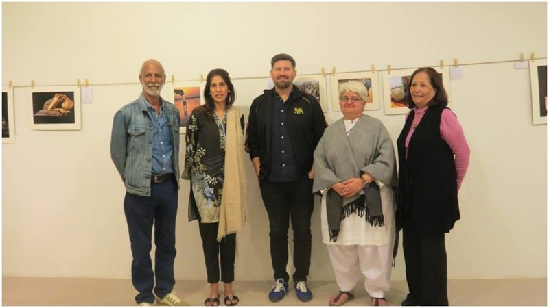 Judges Farah Mahbub, Tapu Javeri and Tofiq Pasha Mooraj with Artchowk's Shakira Masood and Laila Premjee