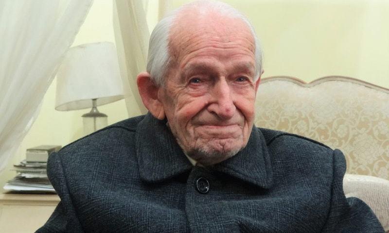 Retired Major Geoffrey Langlands. — File
