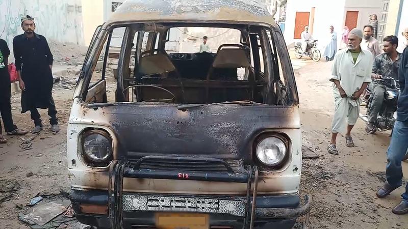 School van caught fire, six children injured. — Photo by author