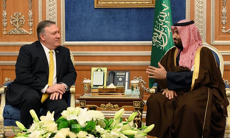 US Secretary of State Mike Pompeo (L) meets with Saudi Crown Prince Mohammed bin Salman in Riyadh. ─ AFP