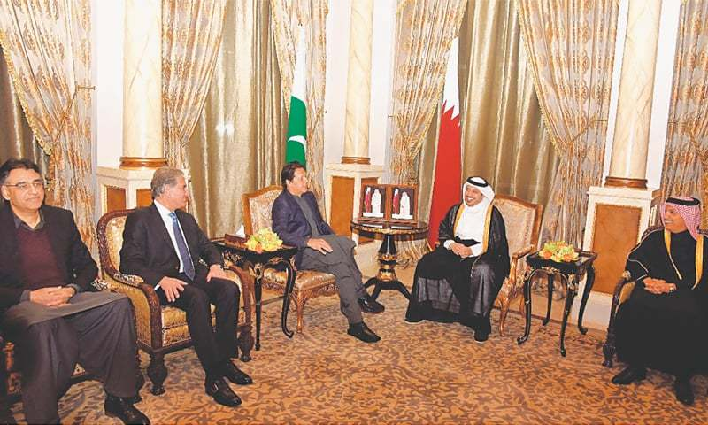 Doha: Prime Minister Imran Khan along with his delegation in a meeting with Qatari Prime Minister Abdullah bin Nasser bin Khalifa Al Thani at his residence on Monday.—APP
