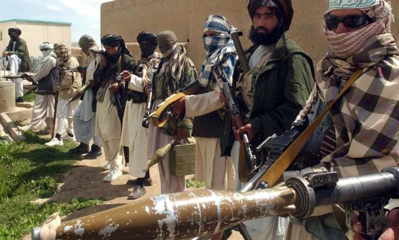 انہوں نے دباؤ ڈالنے کے طریقے کے طور پر طالبان اراکین کے اہل خانہ کو قید کیا—فائل فوٹو: اے ایف پی