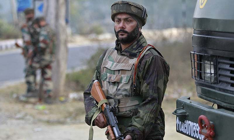 Indian forces have launched a massive hunt for Kashmiri fighters in parts of occupied Kashmir.