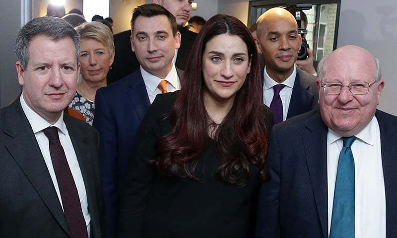 Former Labour party MPs, (From Left) Chris Leslie, Angela Smith, Gavin Shuker, Luciana Berger, Chuka Umunna and Mike Gapes, pose for a photograph following a press conference in London on February 18, 2019, where they announced their resignation from the Labour Party, and the formation of a new independent group of MPs. — AFP