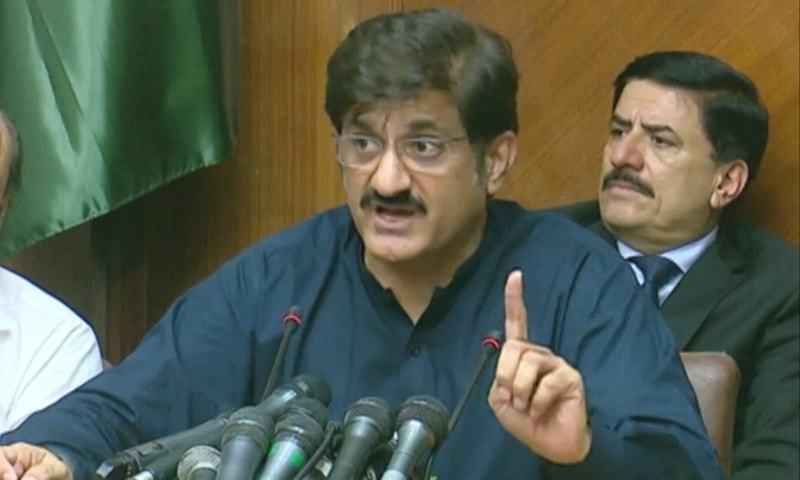 Chief Minister Murad Shah while addressing a press conference in Karachi slammed the manner in which National Accountability Bureau (NAB) officials behaved with family members of Sindh Assembly Speaker Agha Siraj Durrani after his arrest. — DawnNewsTV