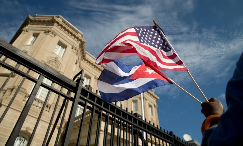White House allows Americans to sue for seized Cuban properties