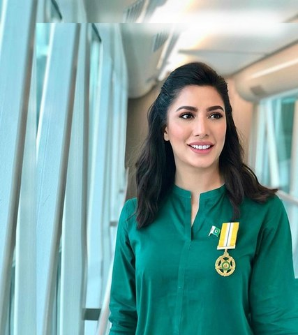 I Recommend Mehwish Hayat For Medal Fawad Chaudhry Confesses Gossip Pakistan