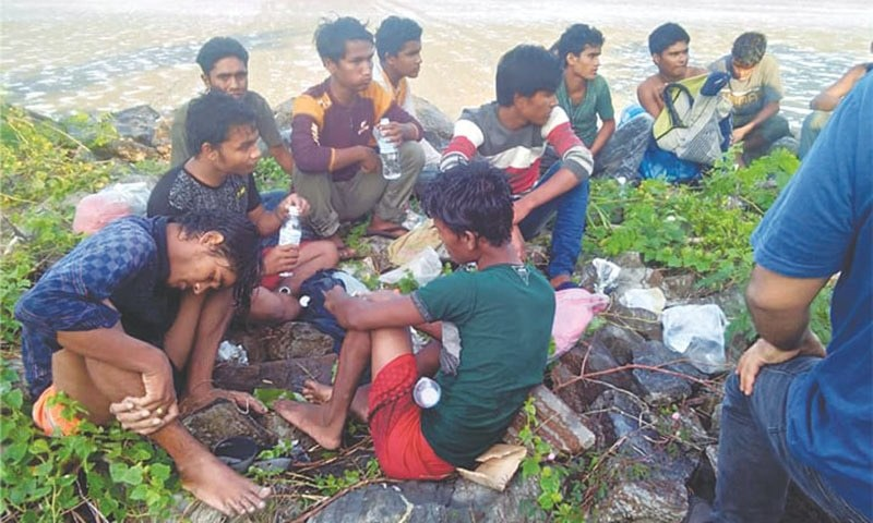 More Rohingya Muslims found on Malaysian beach