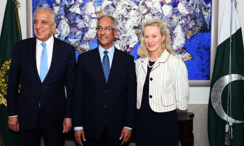 Zalmay Khalilzad (L) and Alice G Wells (R) arrive in Islamabad for delegation-level talks between Islamabad and Washington.— Photo courtesy of Radio Pakistan