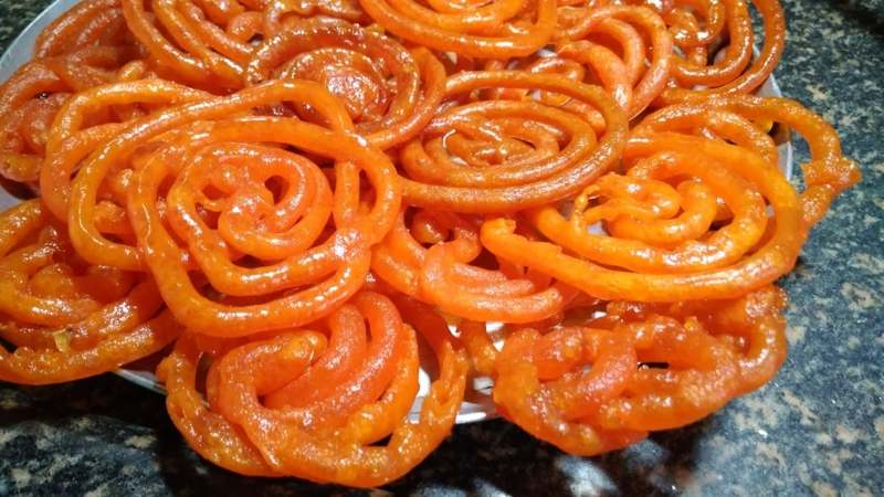 An iftaar isn't complete without the sugary excesses of jalebis, and it's wreaking havoc on our waistlines!