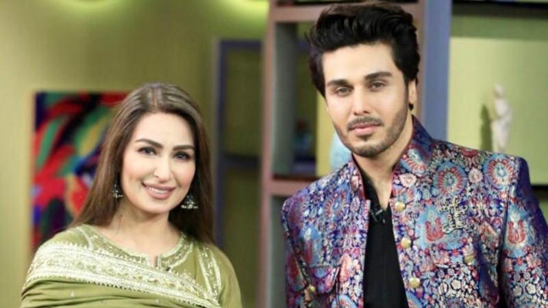 """People are quite comfortable with me so there's a lot of gupshup,"" revealed the actor about Bol Nights with Ahsan Khan"