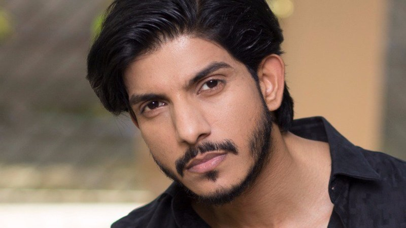 Dunya News announced that the actor will no longer be a host on its talk show, Mazaaq Raat.