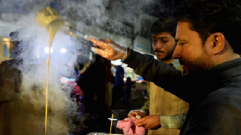 Sanaullah's street stall is recreating tandoori chai and everyone's talking about it.