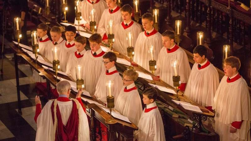 The famous choir has never admitted any females in its 554-year history. Ugh, welcome to the real world, kid. —Photo courtesy: Telegraph UK (GEOFF ROBINSON PHOTOGRAPHY)