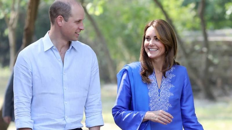 Image result for kate pays homage to diana with her dresses in pakistan