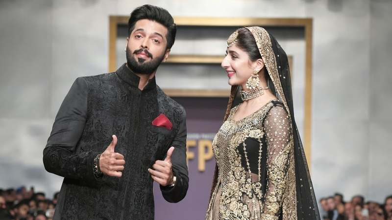 Zainab Chottani Sfk Bridals And Deepak Perwani Were The Saving Grace Of Fpw S Final Day Comment Images