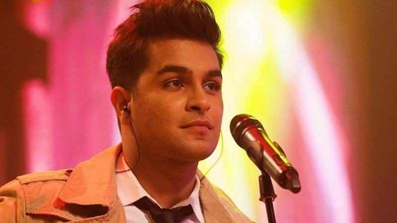 The cross-border situation worsened and Azhar's plans with his record company, Universal Music India came to a halt.