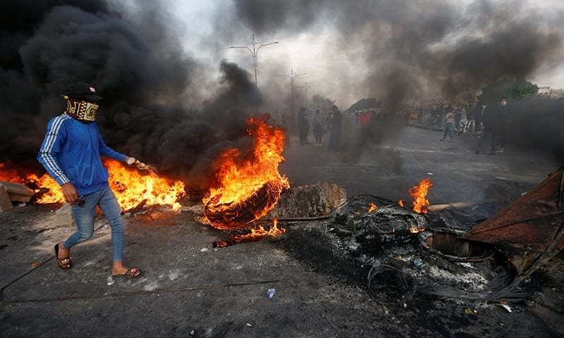 Two Iraqi protesters shot dead as unrest intensifies