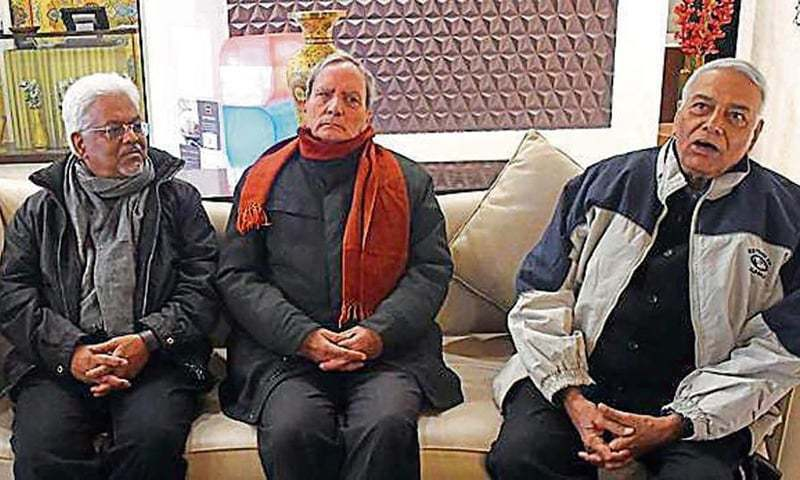 Indian team barred from going outside Srinagar
