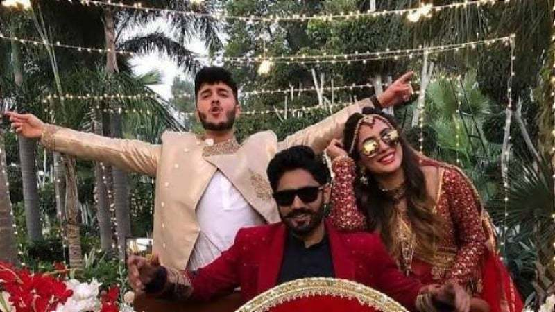 Mehwish Hayat is Chamkeeli, an excited bride who is definitely happy on her big day.