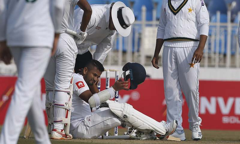 Pakistan take five wickets in first Test against Sri Lanka