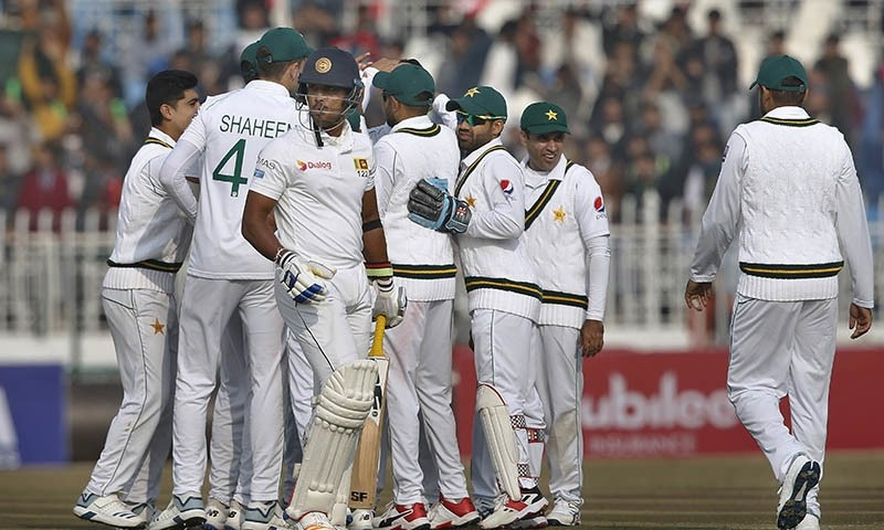 Rain stops play on second day of Pak-Sri Lanka Test