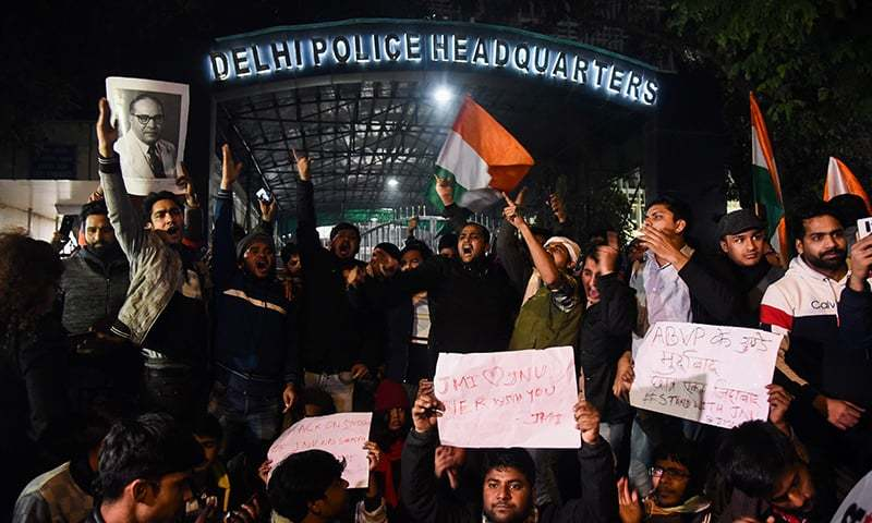 Police probe attack on students at New Delhi varsity amid growing criticism