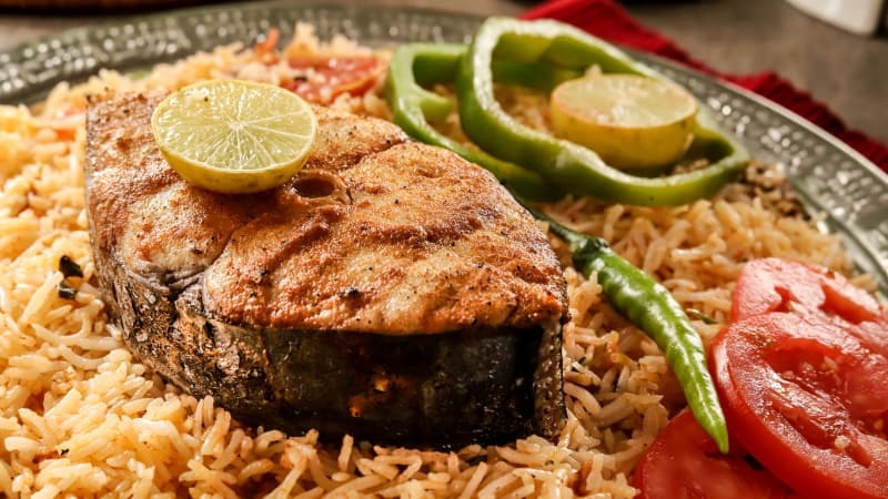 With Karachi being ever so cold (seriously, it's really cold), the restaurant has a delicious winter menu that is all things seafood.