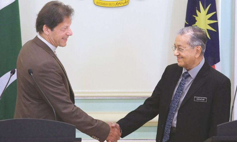 OIC's voice on Kashmir issue missing: Imran