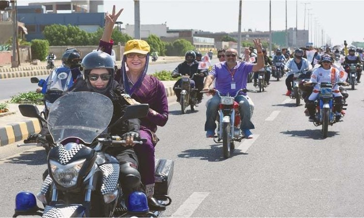 Women on Wheels collaborated with Government of Sindh's Women Development Department for a 'Mega Rally'