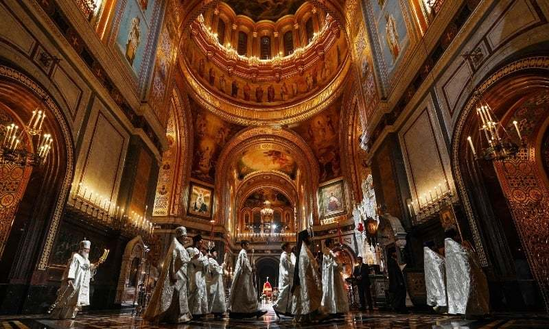 Orthodox Easter services hit by virus as many stay home