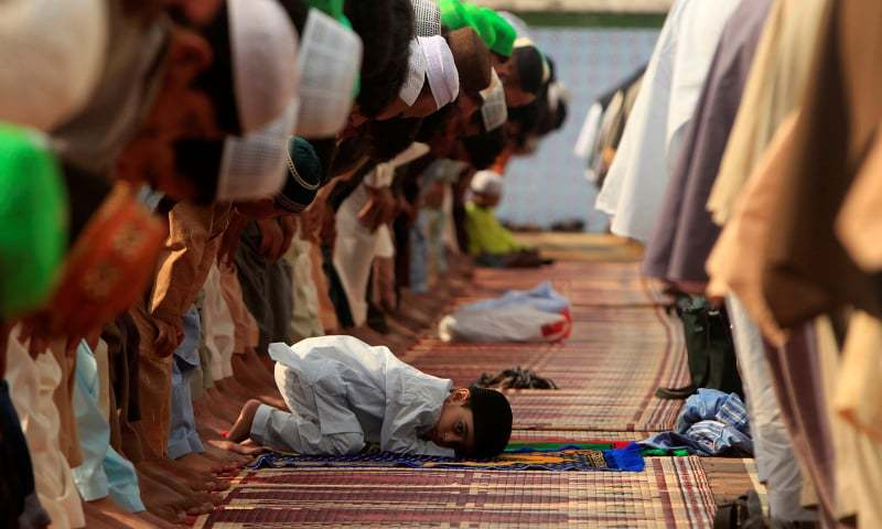 Pakistan celebrates Eidul Fitr with instructions from PM to forgo traditional festivity