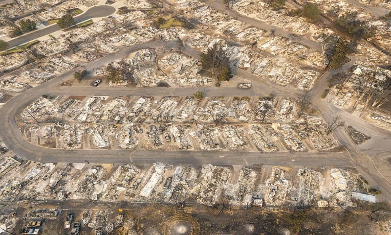 500,000 people told to flee as wildfires kill 24 in US – Newspaper