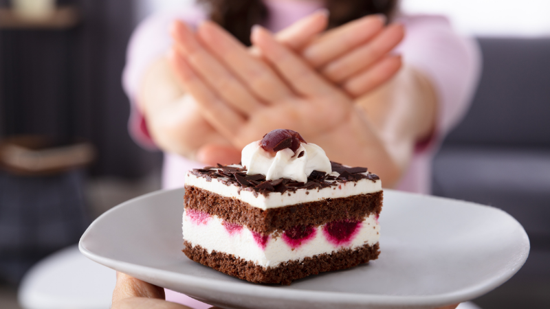Let's find out if nonnutritive sythentic sweeteners can help us indulge in our favourite desserts - minus the guilt.