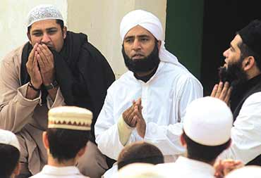 Former Pakistan cricketers, Inzimamul Haq, Saeed Anwar and Mushtaq Ahmed at an event hosted by Islamic evangelical organisation, the Tableeghi Jamat.