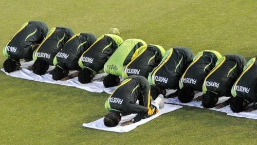 Group prayers became a norm under Inzimam …